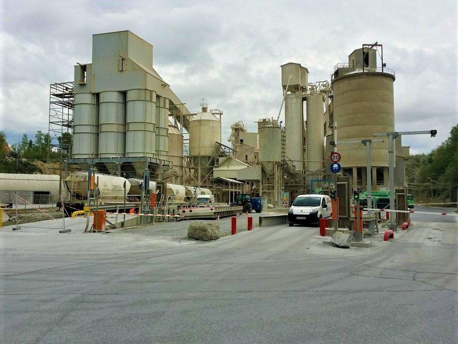 Carmeuse Lime Chemicals - 600 ON-5, Dundas, Hamilton -